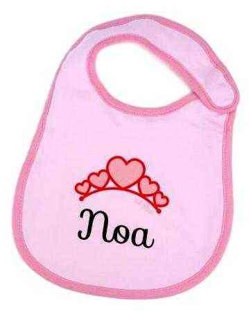 babero bebe personalizado con corazones